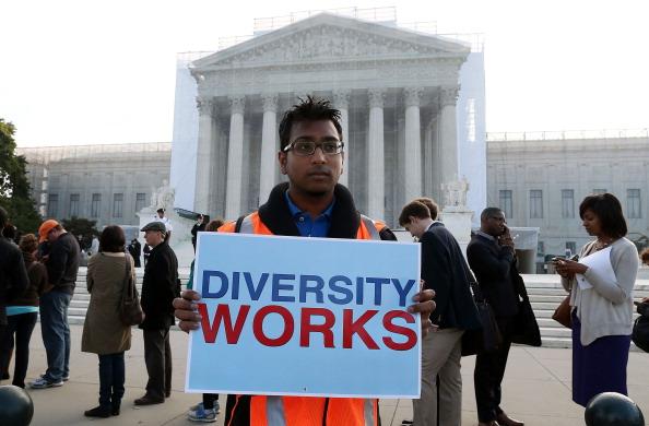 University「The Supreme Court Hears Hears Affirmative Action Case Regarding Admissions To Texas University」:写真・画像(2)[壁紙.com]