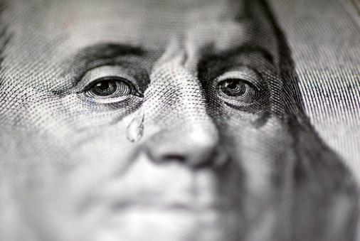 Despair「Tear falling from face on US dollar bill, close-up」:スマホ壁紙(3)
