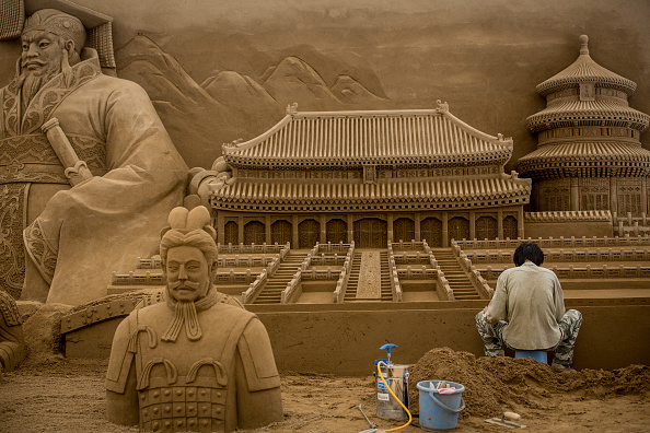 "Sand Sculpture「Artists Work On Sand Art Ahead Of ""Culture City of East Asia 2014"" Exhibition」:写真・画像(7)[壁紙.com]"