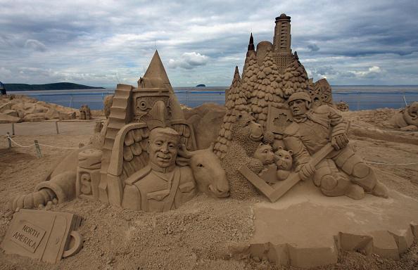 Weston-super-Mare「Sand Sculpture Festival Opens To The Public In Weston Super Mare」:写真・画像(9)[壁紙.com]