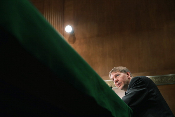 Finance「Consumer Financial Protection Bureau Director Cordray Testifies To Senate On Bureau's Semi-Annual Report」:写真・画像(7)[壁紙.com]