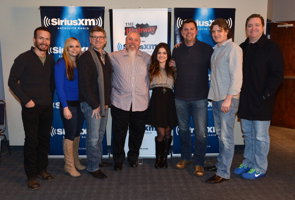 Strategy「Lucy Hale Performs Live At The SiriusXM Music City Theatre In Nashville」:写真・画像(10)[壁紙.com]