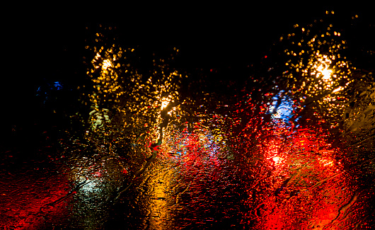 Windshield「Colorful reflections on car windshield」:スマホ壁紙(12)