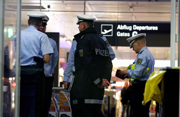 Explosive「Part Of Munich Airport Closed Due To Bomb Alert」:写真・画像(5)[壁紙.com]