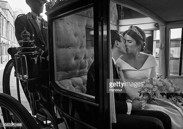 Princess Eugenie「Official Portraits From The Wedding Of Princess Eugenie And Jack Brooksbank」:写真・画像(17)[壁紙.com]