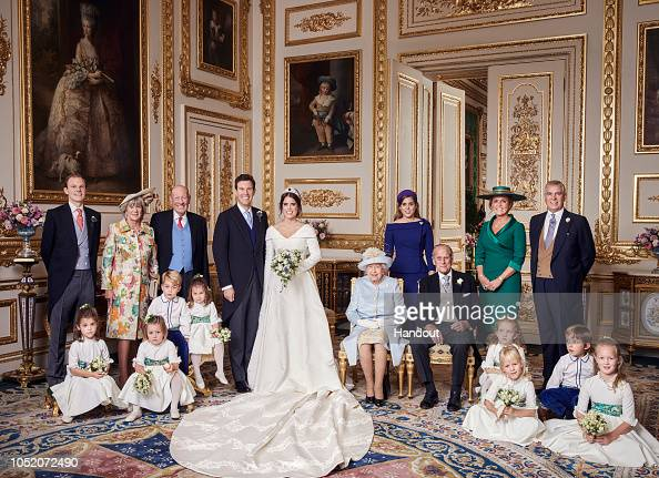 Princess Eugenie「Official Portraits From The Wedding Of Princess Eugenie And Jack Brooksbank」:写真・画像(3)[壁紙.com]