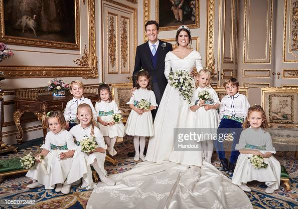 Princess Eugenie「Official Portraits From The Wedding Of Princess Eugenie And Jack Brooksbank」:写真・画像(6)[壁紙.com]