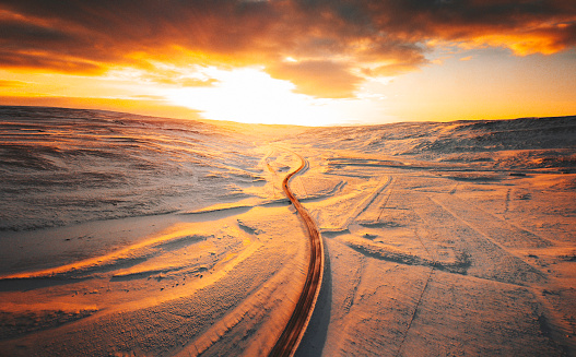 Empty Road「sunset road in iceland」:スマホ壁紙(5)
