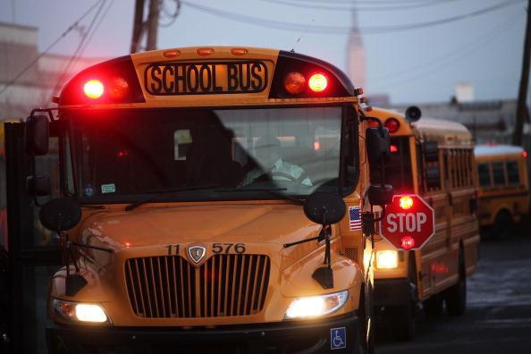 School Bus「School Bus Drivers Return To Work In New York City After Strike」:写真・画像(6)[壁紙.com]