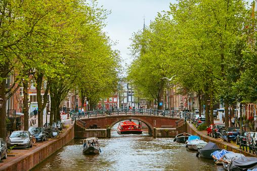 オランダ「アムステルダムを運河します。」:スマホ壁紙(12)