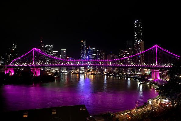 Brisbane「Vigil Held For Murdered Mother And Children」:写真・画像(9)[壁紙.com]