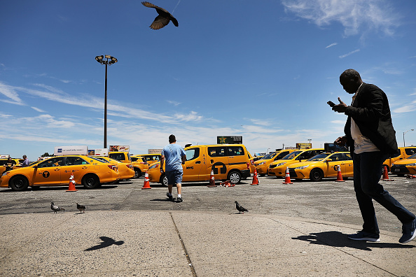Passenger「Taxi Driver Suicides On The Rise In NYC As App-Based Rides Stifle Profits」:写真・画像(9)[壁紙.com]