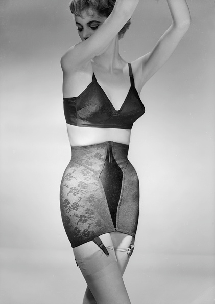 Archival「Bra And Girdle」:写真・画像(2)[壁紙.com]