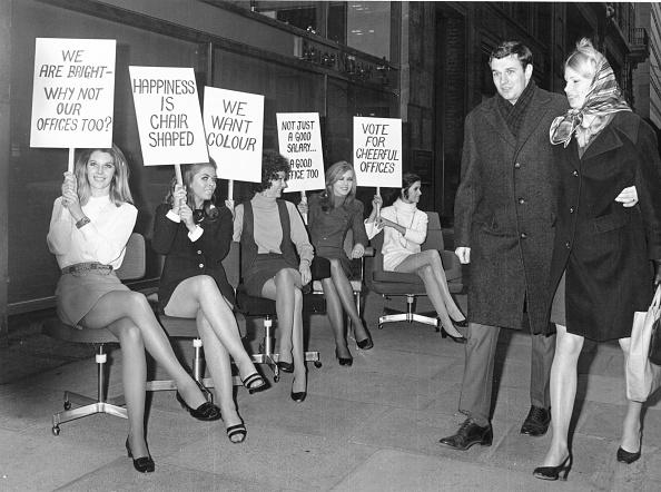 Employment And Labor「Secretary Demo」:写真・画像(19)[壁紙.com]