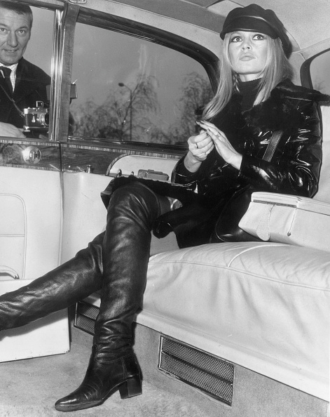 Fashion「Bardot In Leather」:写真・画像(12)[壁紙.com]