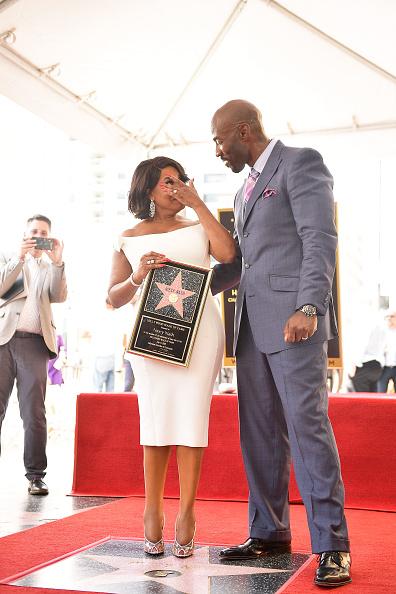 銀色の靴「Niecy Nash Honored With Star On The Hollywood Walk Of Fame」:写真・画像(17)[壁紙.com]