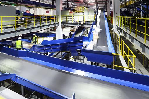 Conveyor Belt「Parcel sorting through the production line」:スマホ壁紙(19)