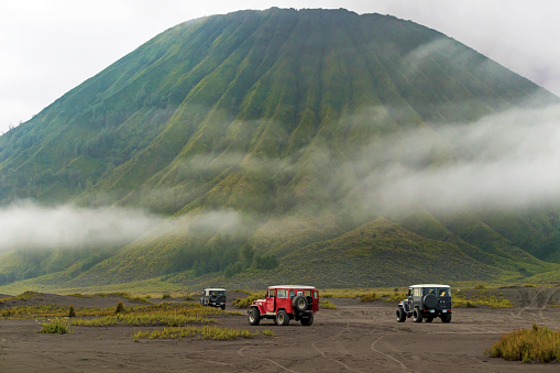 Active Volcano「Jeep tour near Mt.Bromo,East Java,Indonesia」:スマホ壁紙(10)