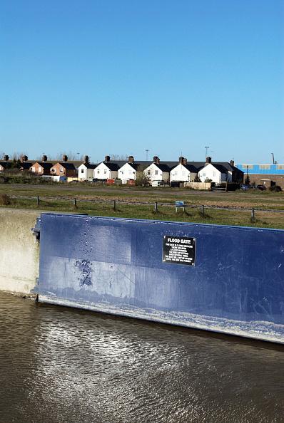 Copy Space「Flood gate, Felixstowe, Suffolk, UK」:写真・画像(4)[壁紙.com]