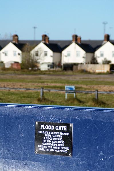 Felixstowe「Flood gate, Felixstowe, Suffolk, UK」:写真・画像(19)[壁紙.com]