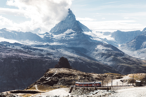 Ski Resort「View of mountain train and Matterhorn in Switzerland」:スマホ壁紙(11)
