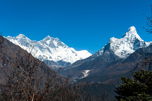 Namche Bazaar「A view of Mount Everest and Ama Dablam in Nepal」:スマホ壁紙(9)