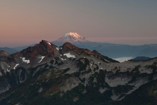 アダムス山「Mount Adams and Cascade Range from Mount Rainier.」:スマホ壁紙(11)