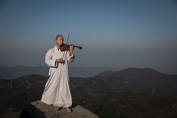 Violin「Buddhist Music Academy In China」:写真・画像(13)[壁紙.com]
