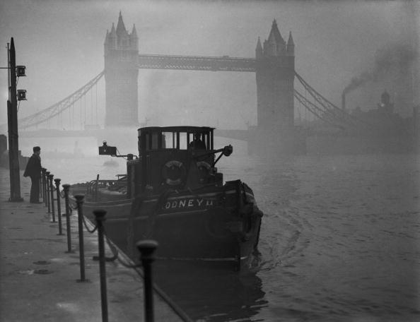London - England「Smog On The Thames」:写真・画像(2)[壁紙.com]