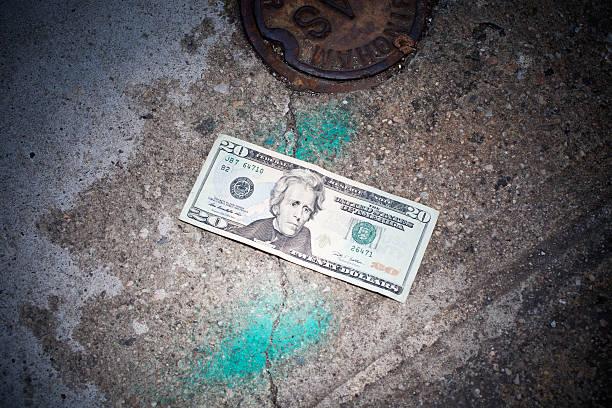 Twenty dollar bill lost on sidewalk:スマホ壁紙(壁紙.com)