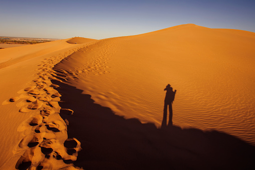 Awbari Sand Sea「Dunhuang desert, Gansu」:スマホ壁紙(16)