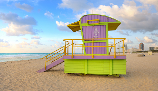 Miami Beach「監視員の小屋にマイアミビーチの日の出」:スマホ壁紙(9)