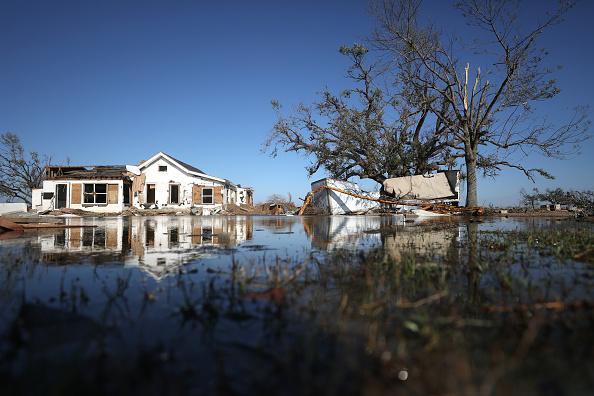 Damaged「Hurricane Delta Takes Aim At Louisiana's Gulf Coast」:写真・画像(4)[壁紙.com]