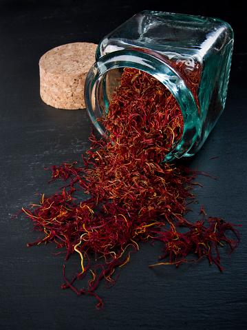 Flower Stigma「Pure saffron」:スマホ壁紙(6)