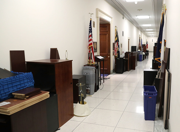 Hall「Scenes At the Capital During Partial Shutdown Before Congress Changes Hands」:写真・画像(6)[壁紙.com]