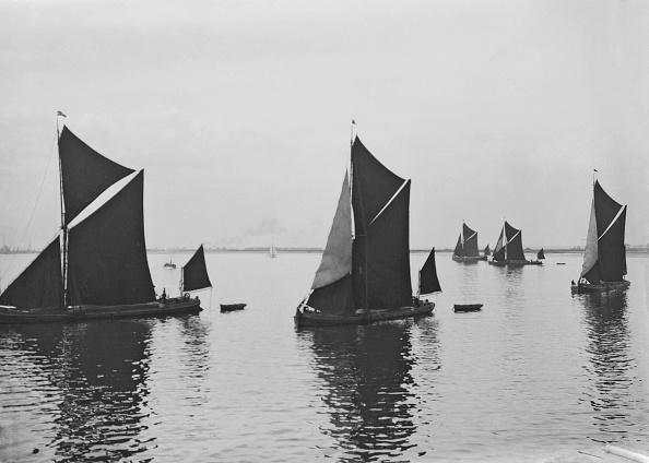 テムズ川「Thames Barges In Kent」:写真・画像(8)[壁紙.com]