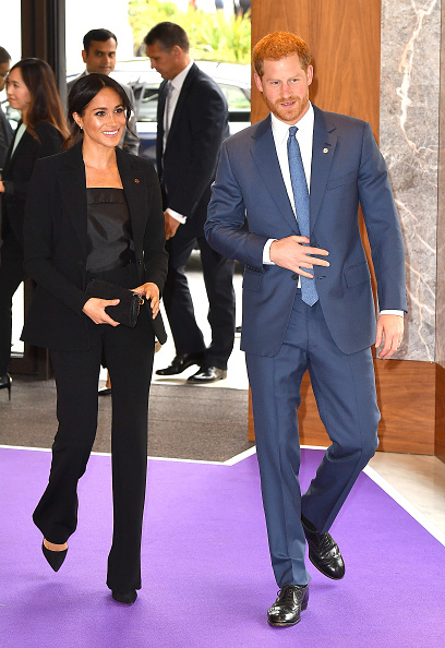 Black Color「The Duke & Duchess Of Sussex Attend The WellChild Awards」:写真・画像(6)[壁紙.com]