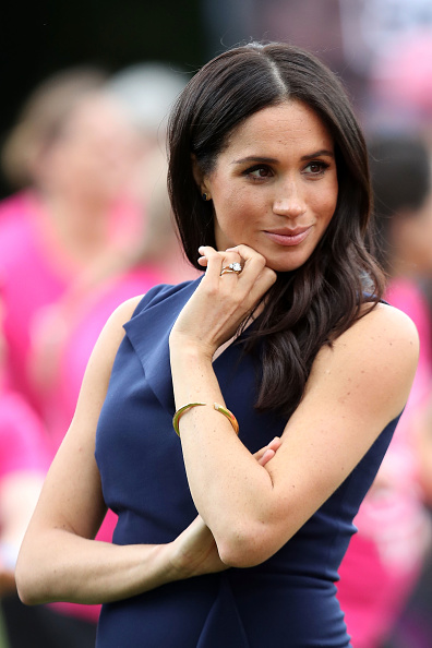 Waist Up「The Duke And Duchess Of Sussex Visit Australia - Day 3」:写真・画像(2)[壁紙.com]
