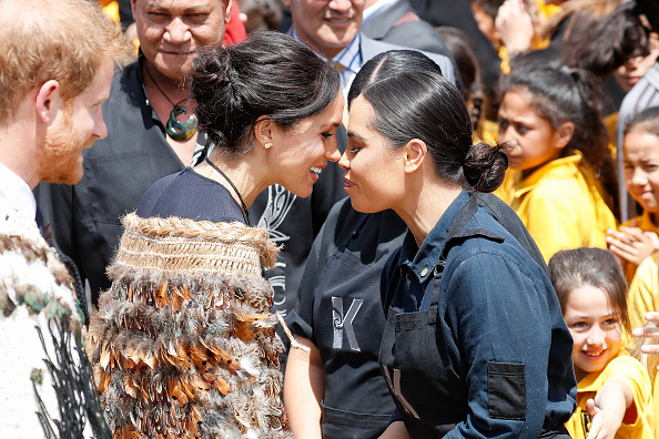 Greeting「The Duke And Duchess Of Sussex Visit New Zealand - Day 4」:写真・画像(17)[壁紙.com]