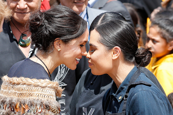 Greeting「The Duke And Duchess Of Sussex Visit New Zealand - Day 4」:写真・画像(12)[壁紙.com]