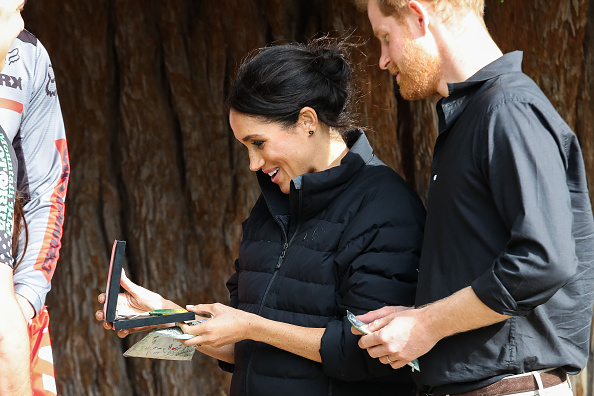 Gift「The Duke And Duchess Of Sussex Visit New Zealand - Day 4」:写真・画像(13)[壁紙.com]