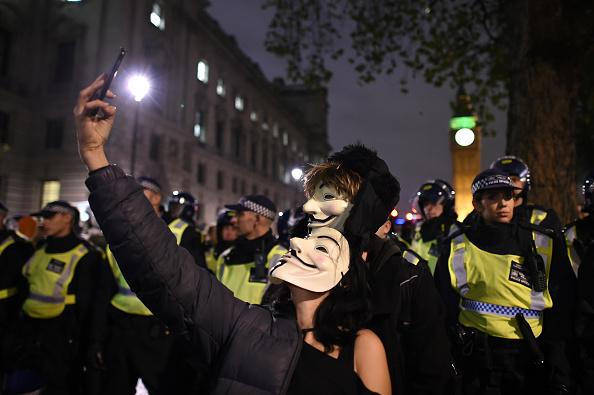 Ben Pruchnie「Million Mask March Demonstration Takes Place In London」:写真・画像(6)[壁紙.com]