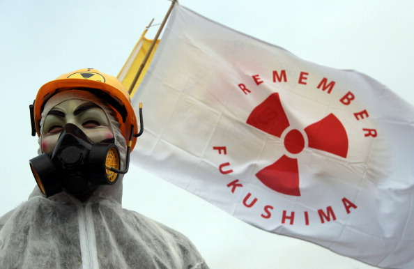 Accidents and Disasters「Anti Nuclear Protesters Demonstrate Outside Hinkley Point Nuclear Power Station」:写真・画像(13)[壁紙.com]