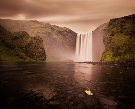 Ravine「Beautiful Skogafoss waterfall at Iceland.」:スマホ壁紙(15)
