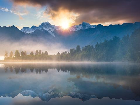 Westland - South Island New Zealand「Beautiful scenery landscape of the Matheson Lake Fox Glacier town Southern Alps Mountain Valleys New Zealand」:スマホ壁紙(19)