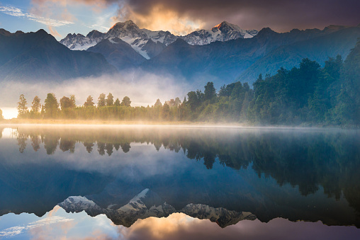 Lake Matheson「Beautiful scenery landscape of the Matheson Lake Fox Glacier town Southern Alps Mountain Valleys New Zealand」:スマホ壁紙(19)