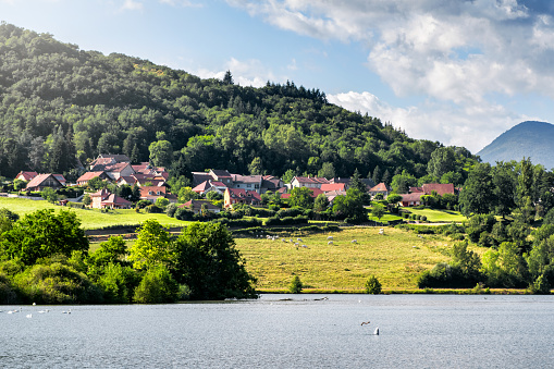 Bugey「Beautiful small French village on hill along Rhone river in middle of Bugey Alps mountains in Auvergne-Rhone-Alpes」:スマホ壁紙(17)