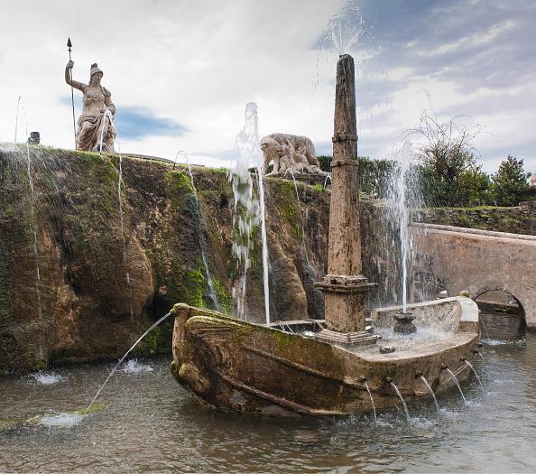 Villa「Garden Of The Villa D'Este In Tivoli」:写真・画像(16)[壁紙.com]