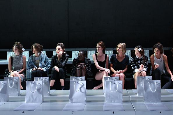 Lisa Maree Williams「Maticevski - Backstage - Mercedes-Benz Fashion Week Australia 2014」:写真・画像(19)[壁紙.com]
