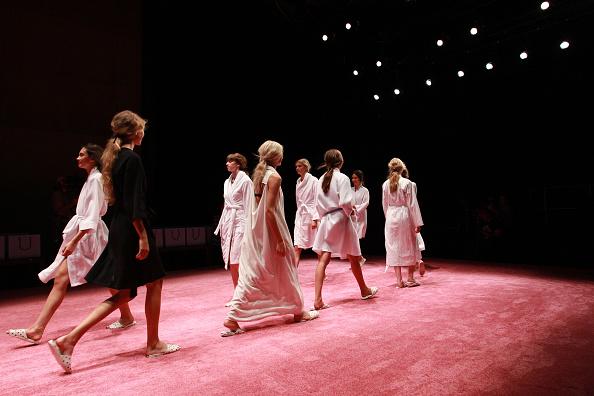 Concepts & Topics「Macgraw - Backstage - Mercedes-Benz Fashion Week Australia 2015」:写真・画像(14)[壁紙.com]
